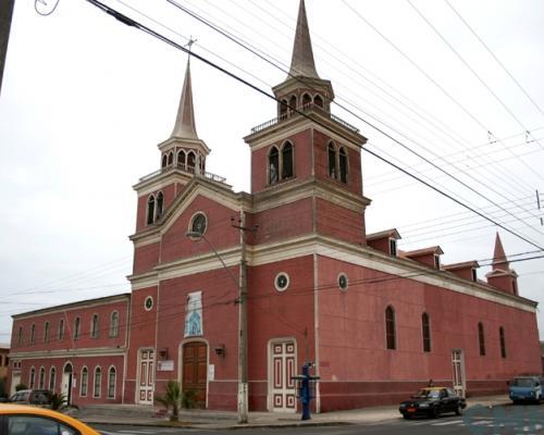 Imagen del monumento Parroquia de San Antonio de Padua y Convento Franciscano de Iquique