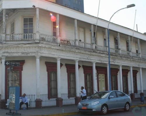 """Imagen del monumento Edificio de la antigua Firma """"The Nitrate Agencies Limited"""" de Iquique"""