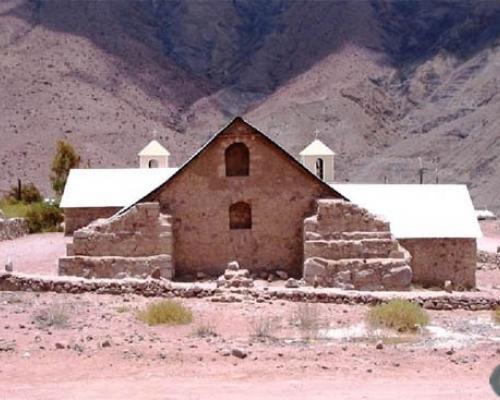 Imagen del monumento Iglesia de San Salvador de Limaxiña
