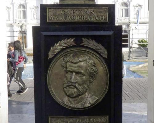 Imagen del monumento Capitán Arturo Prat Chacón Y Héroes Combate Naval De Iquique
