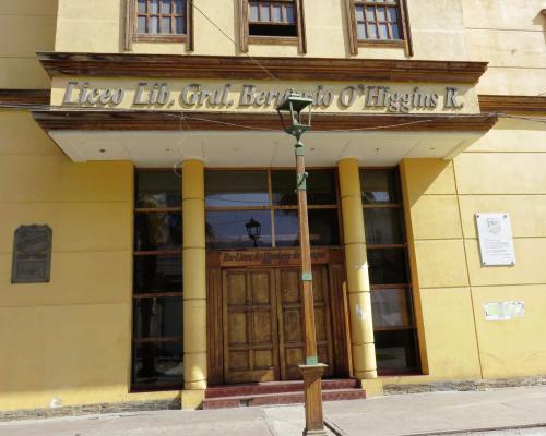 Imagen del monumento Placa Liceo De Hombres 1886-1981