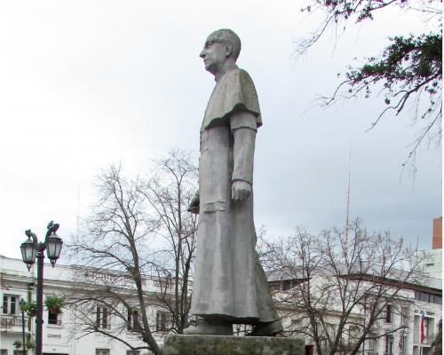 Imagen del monumento Manuel Larraín