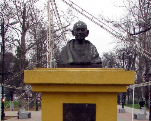 Imagen del monumento Mahatma Gandhi