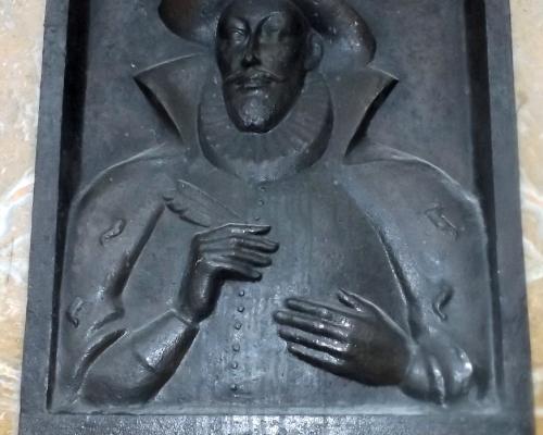 Imagen del monumento García Hurtado De Mendoza