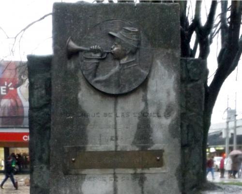 Imagen del monumento Jose Gavino AviLa