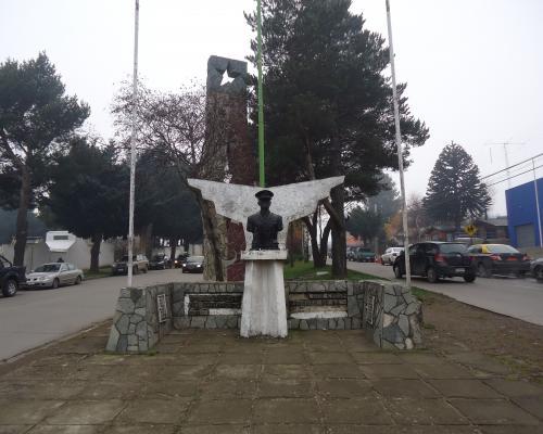 Imagen del monumento Dagoberto Godoy