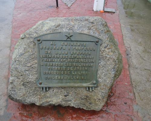 Imagen del monumento Juan Steffen