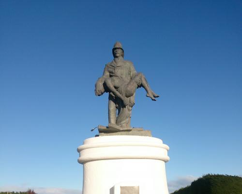 Imagen del monumento Bombero Santiago Violic