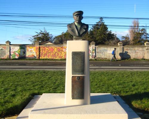 Imagen del monumento José Grimaldi Acotto