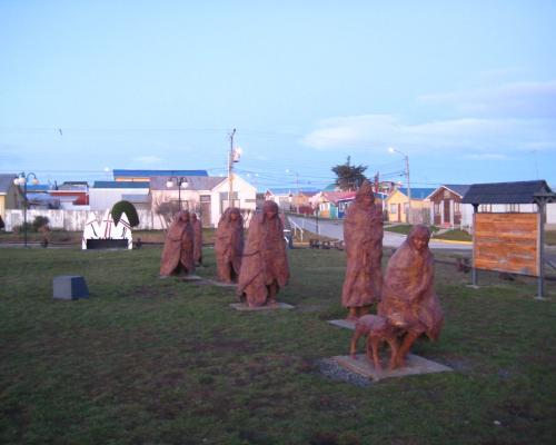 Imagen del monumento Selknam