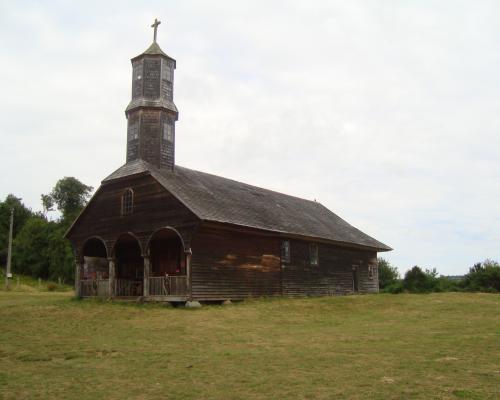 Imagen del monumento Entorno de la Iglesia San Antonio de Colo
