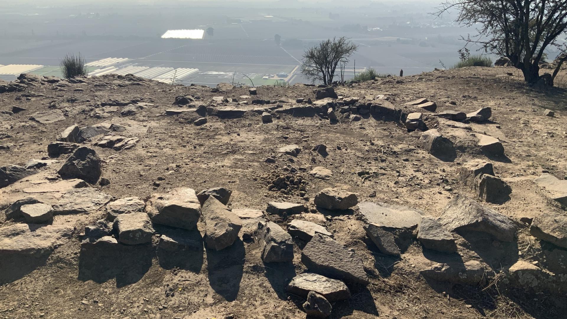 Imagen de Consejo de Monumentos Nacionales paraliza obras de telefonía en Cerro Grande de La Compañía