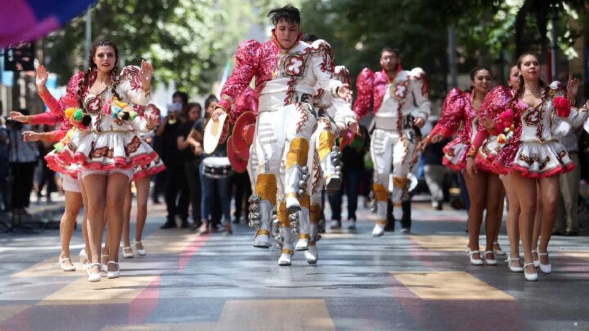 Imagen de Ministerio de las Culturas anuncia medidas de apoyo para artistas afectados durante la emergencia sanitaria del Covid-19 y posterga Día del Patrimonio Cultural