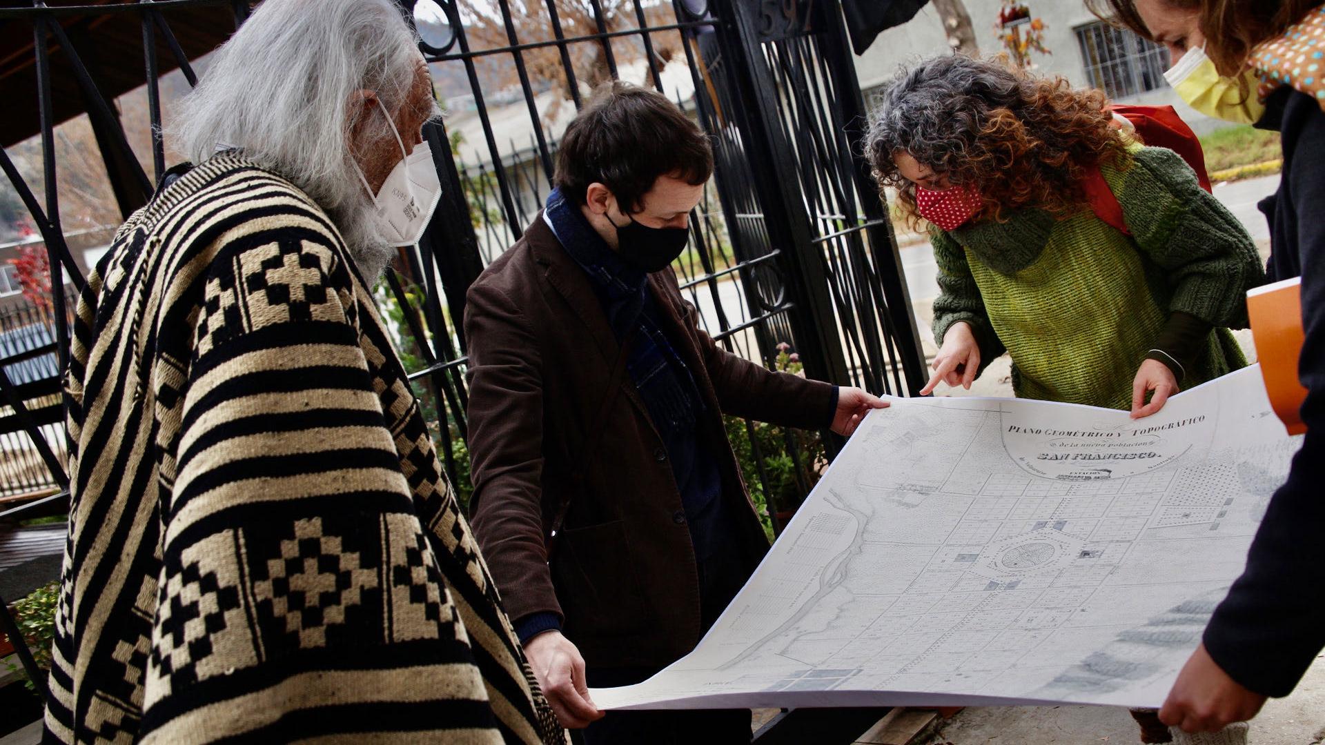 Imagen de Subsecretario del Patrimonio realiza visita técnica para apoyar protección de Av. Urmeneta y casco histórico en Limache