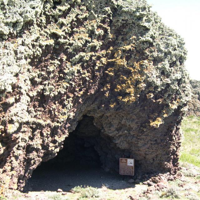 Imagen de Cuevas de Fell y Pali Aike