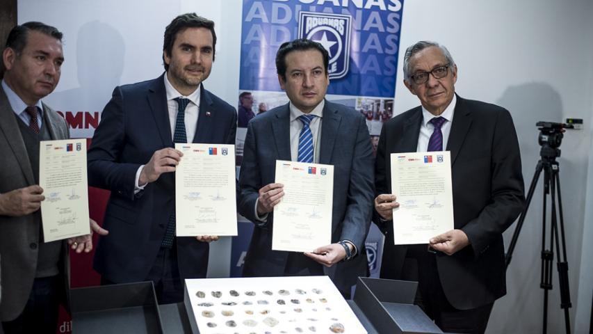 Imagen de Chile entrega a Bolivia 42 piezas paleontológicas incautadas en paso fronterizo