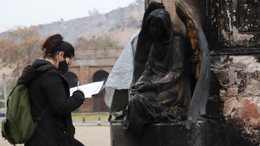 """Imagen de CMN sobre daños al Cementerio General: """"Son espacios solemnes que deben respetarse sin excepción (…) Su afectación resiente estándares básicos de respeto y convivencia"""""""