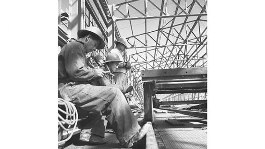 Mineros en un taller, 1951