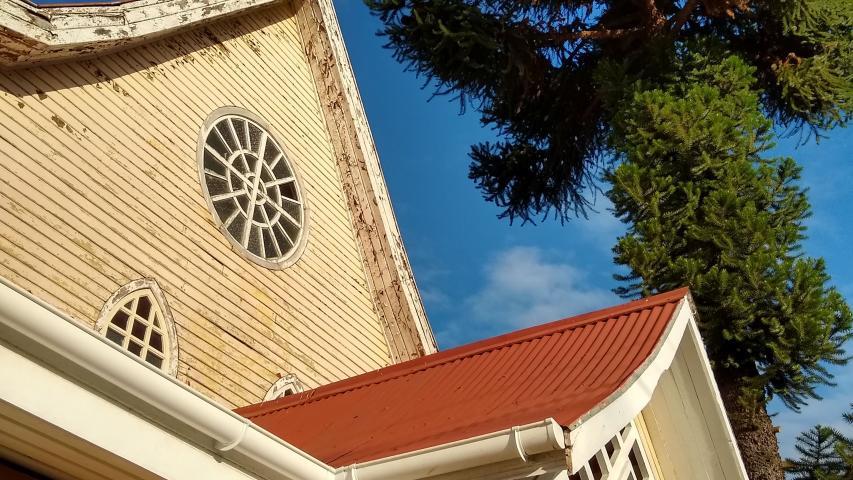 Imagen de CMN aprueba solicitud de declaratoria del Santuario de la Virgen del Tránsito de Metrenco como Monumento Histórico