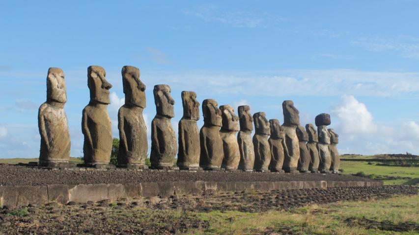 """Imagen de El patrimonio integral de Rapa Nui y su salvaguardia será el foco del próximo diálogo """"Conectemos con los Monumentos"""""""