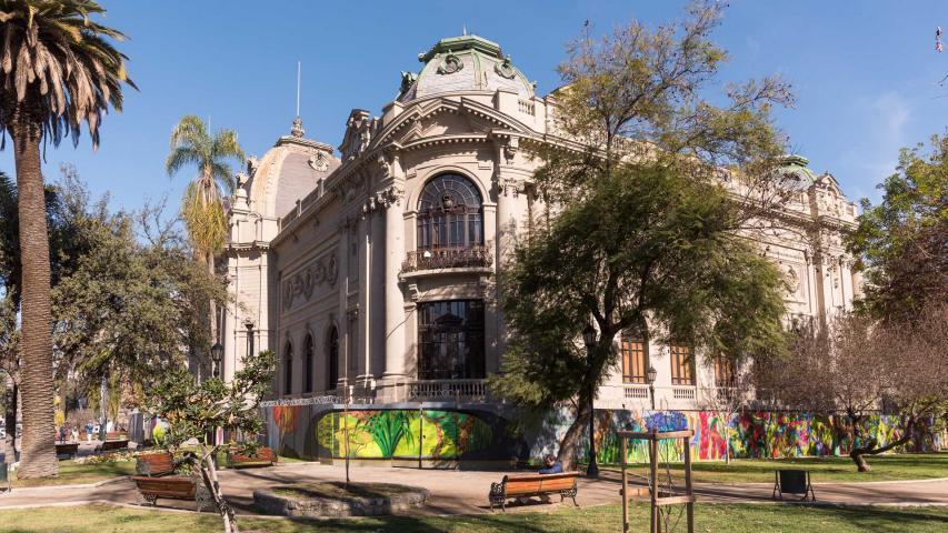 Imagen de Conectemos con los Monumentos aborda la relevancia del patrimonio arquitectónico y arqueológico de Santiago