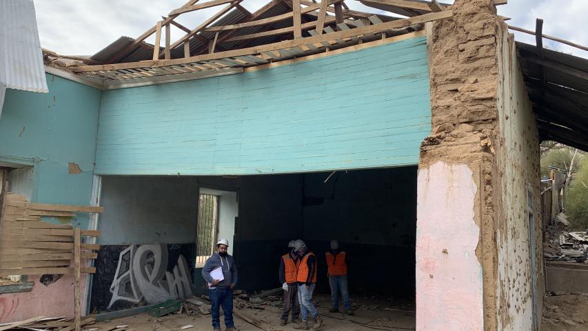 Imagen de Inician obras de emergencia en ex escuela n°10 de Pisco Elqui, parte de la Ruta Mistraliana
