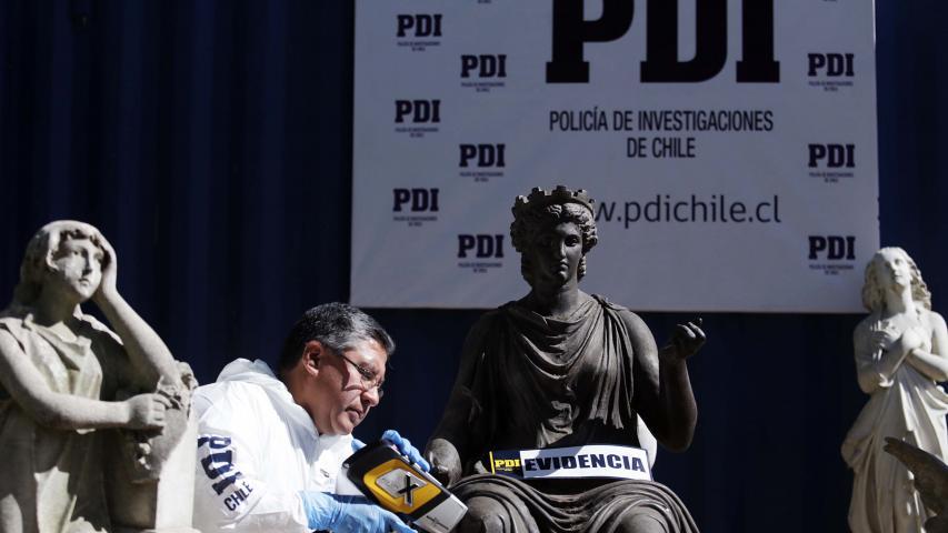 Imagen de MINISTRA VALDÉS ANUNCIA QUERELLA POR ROBO DE PIEZAS PATRIMONIALES