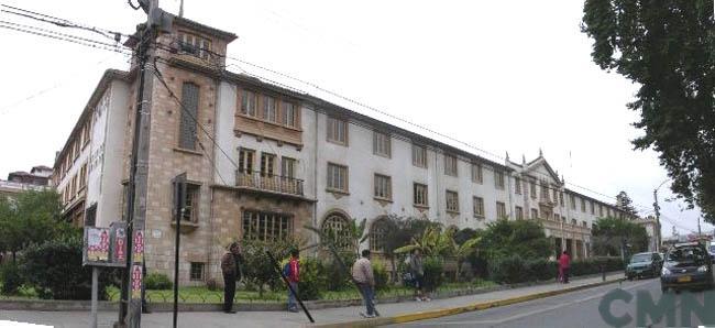 Imagen del monumento Edificio ubicado en Av. Francisco de Aguirre Nº 260