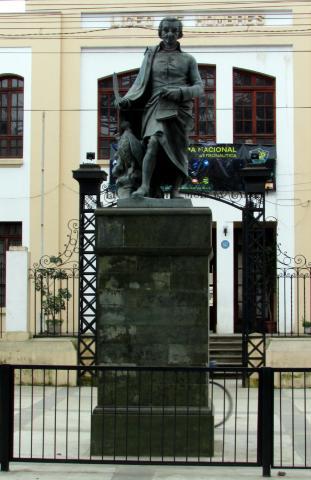 Imagen del monumento Abate Molina
