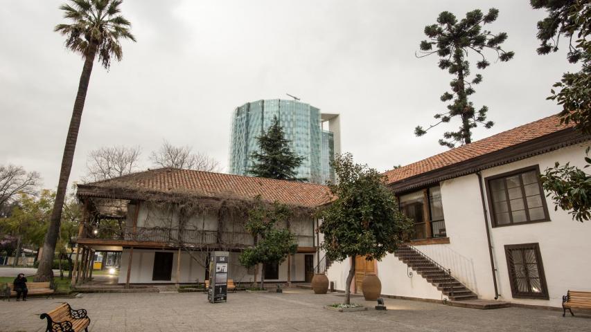 Imagen del monumento Edificio y parque del Instituto Cultural de Las Condes