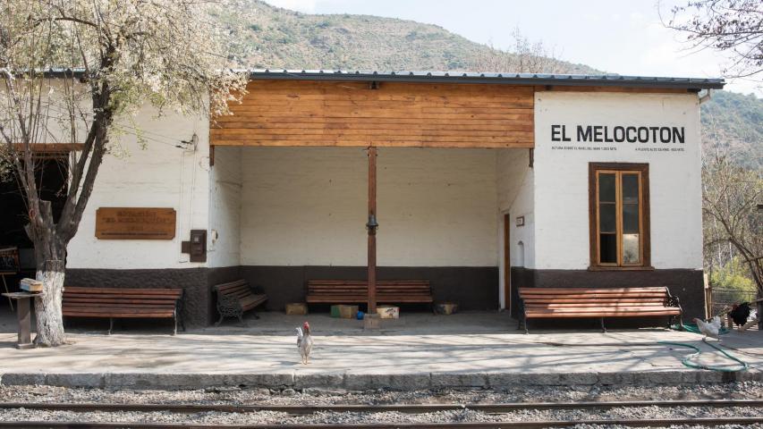 Imagen del monumento Construcciones existentes a lo largo del trazado del ex ferrocarril de Puente Alto a El Volcán