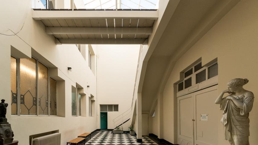 Imagen del monumento Piscina Escolar de la Universidad de Chile