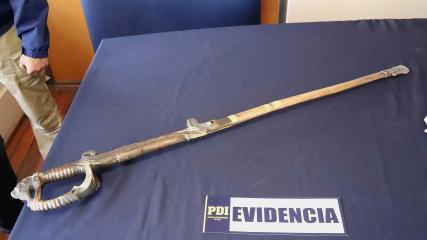 Imagen de CMN valora recuperación de espada de Baquedano, anuncia  querella y primeras acciones de conservación